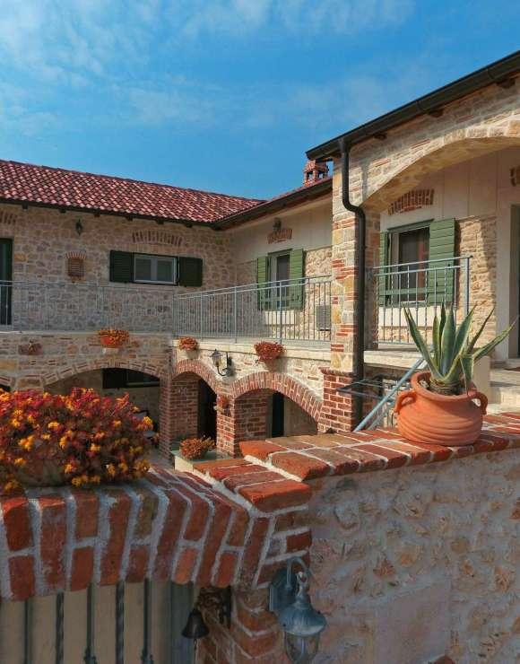 Ancient Dalmatian Apartments