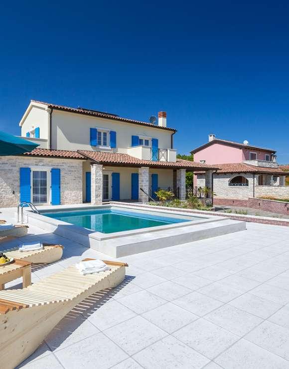 Golden Sun villa